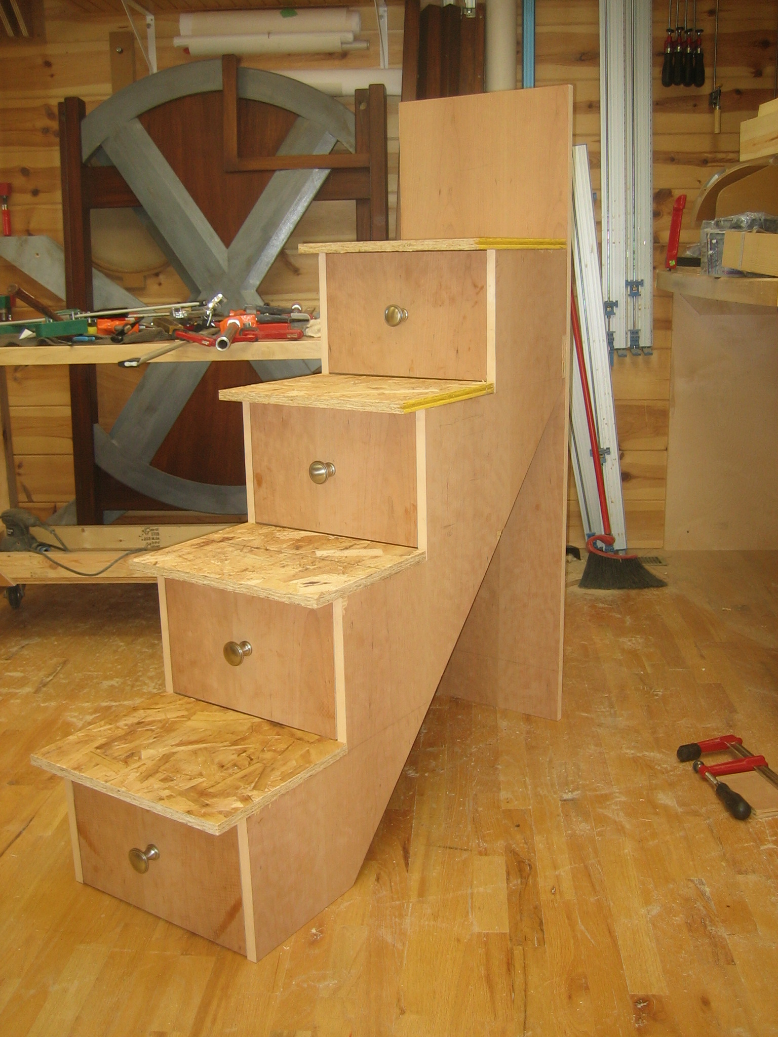 Building A Bunk Bed With Stairs Building The Stairs And Installation Spackle And Sawdust