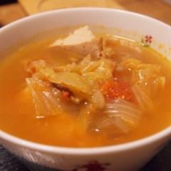 トマトとキャベツのスープ