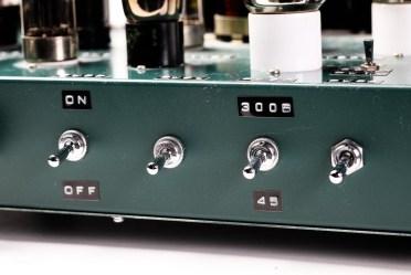 真空管アンプ-3161