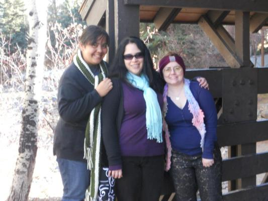 You mean, one can get to know people in person after first meeting them on the internet? SHOCKING! :) Me, Angela, and Heather in Vail.