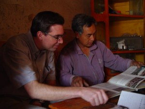 A member of the southern Sichuan extended Li family and author of a book on minority cultures discusses his research with Bryan Tilt. (Photo: Jenna Tilt)