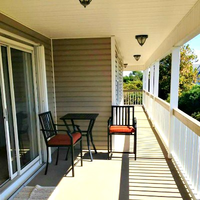 Crystal Beach Destin rental home side porch