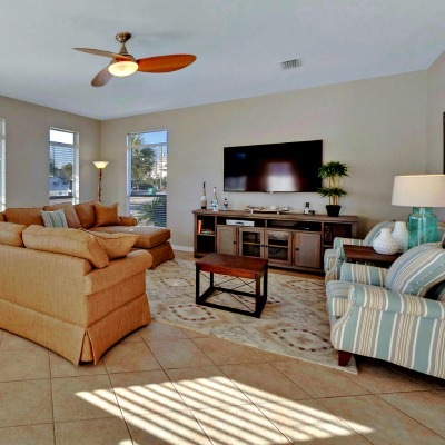 Crystal Beach Destin rental home living room
