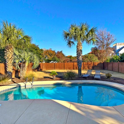Crystal Beach Destin rental home pool