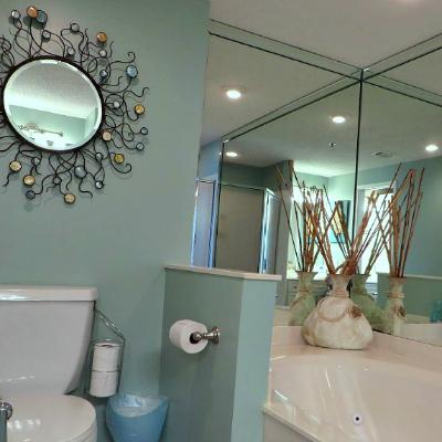 Sterling Sands Destin rental condo master bathroom