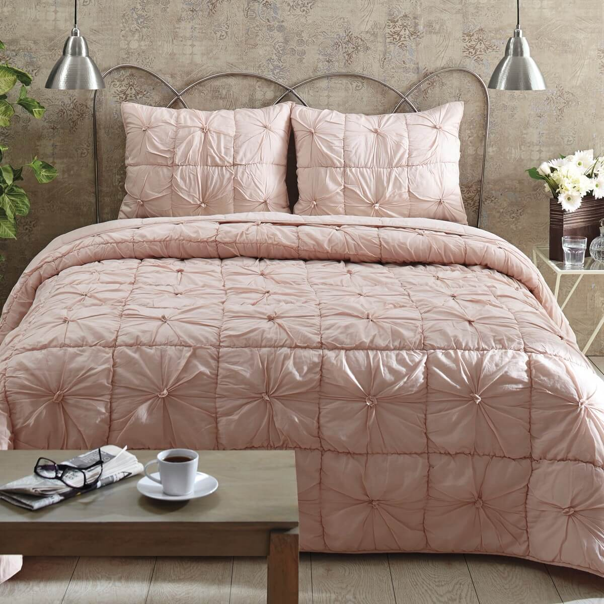 Quilt Sets Camille Blush Pink King Quilt Set