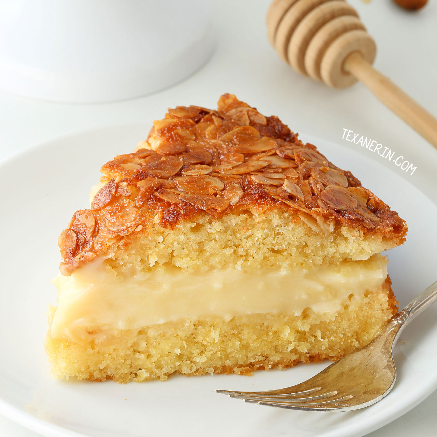 Bienenstich Kuchen Rezept Mit Pudding Bienenstich Bee Sting Cake Gluten Free Whole Grain Dairy Free Options