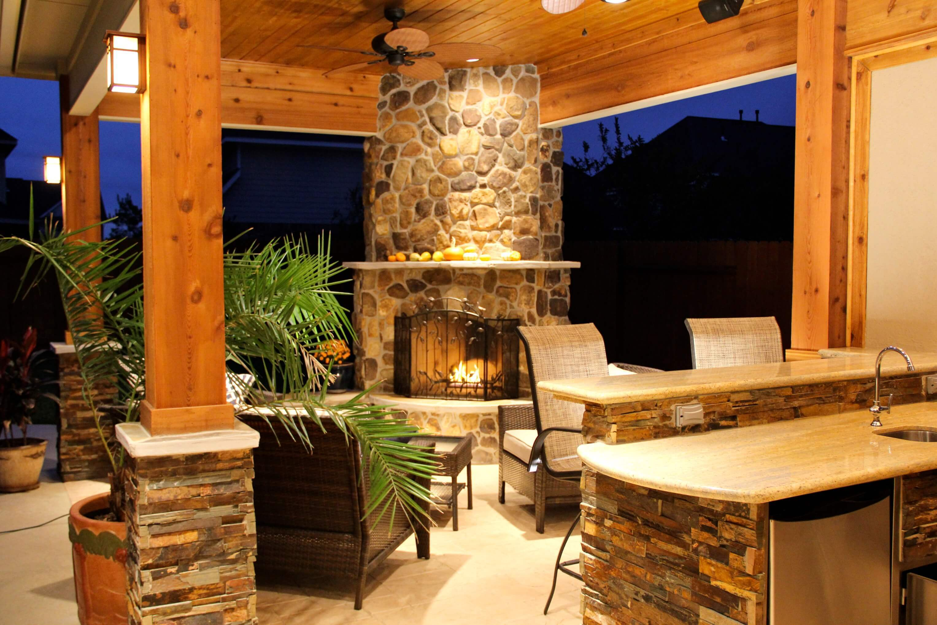 Fireplace And Patio Patio Cover With Fireplace And Kitchen In Firethorne Texas