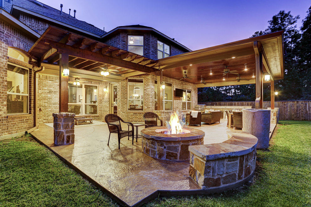 Outdoor Projects Using Cedar Finishes Texas Custom Patios