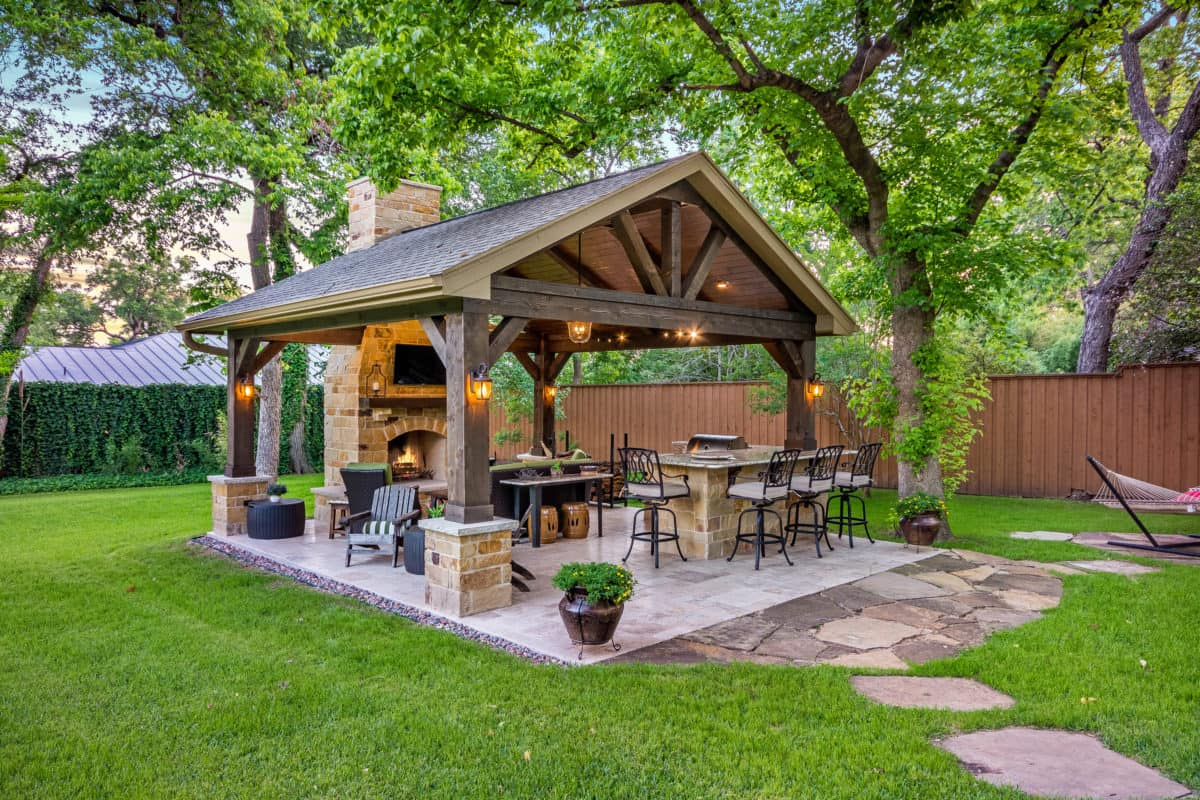 Outdoor Retreat In North Dallas Texas Custom Patios