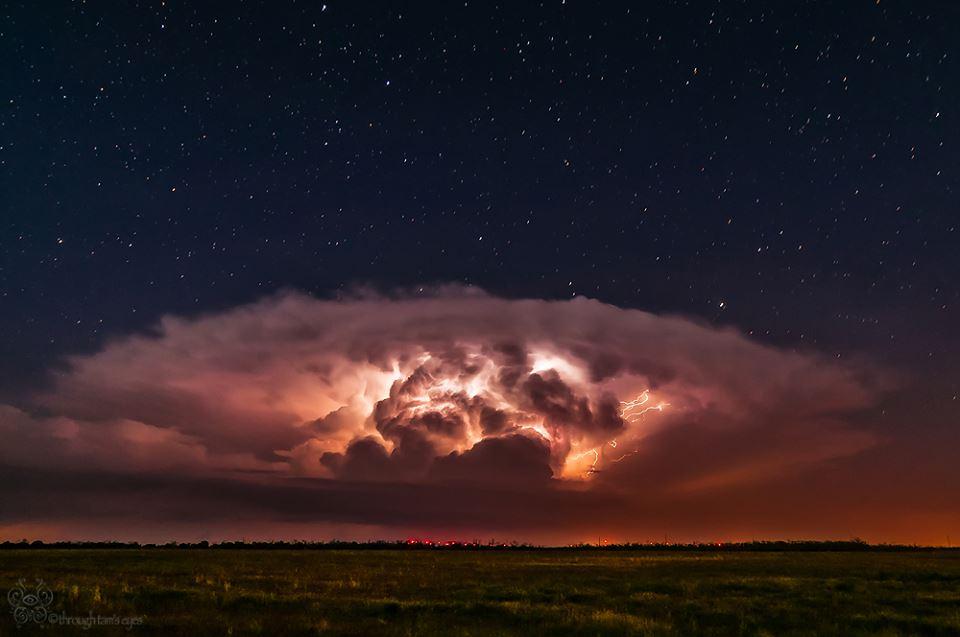 Country Girl Wallpaper Texas Lightning Storm Photos Capture Nature S Raw Beauty