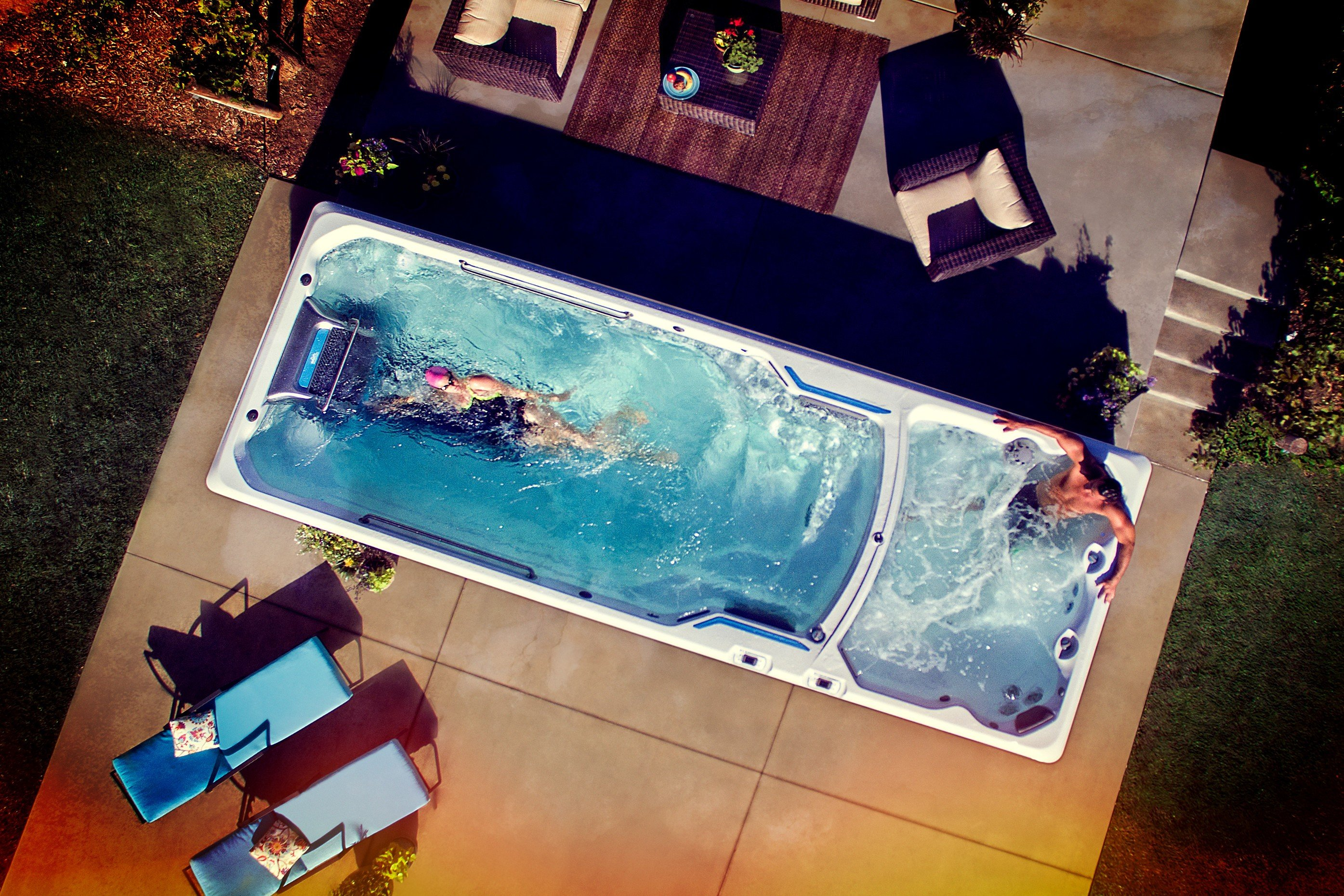 Jacuzzi Endless Pool In An Endless Pools Swim Spa You Set The Pace Hot Tubs In
