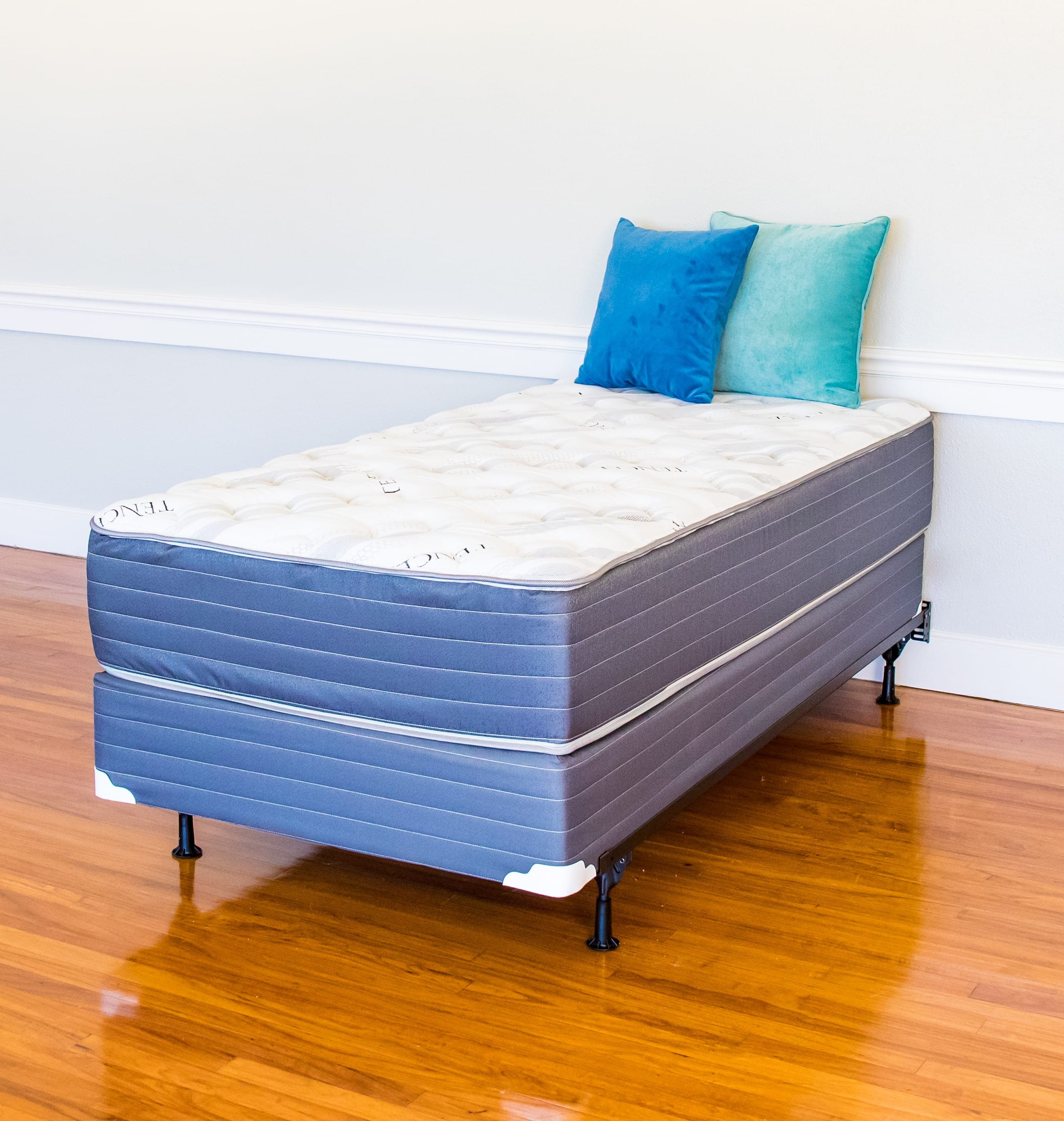 Box Spring Bellevue Firm Mattress