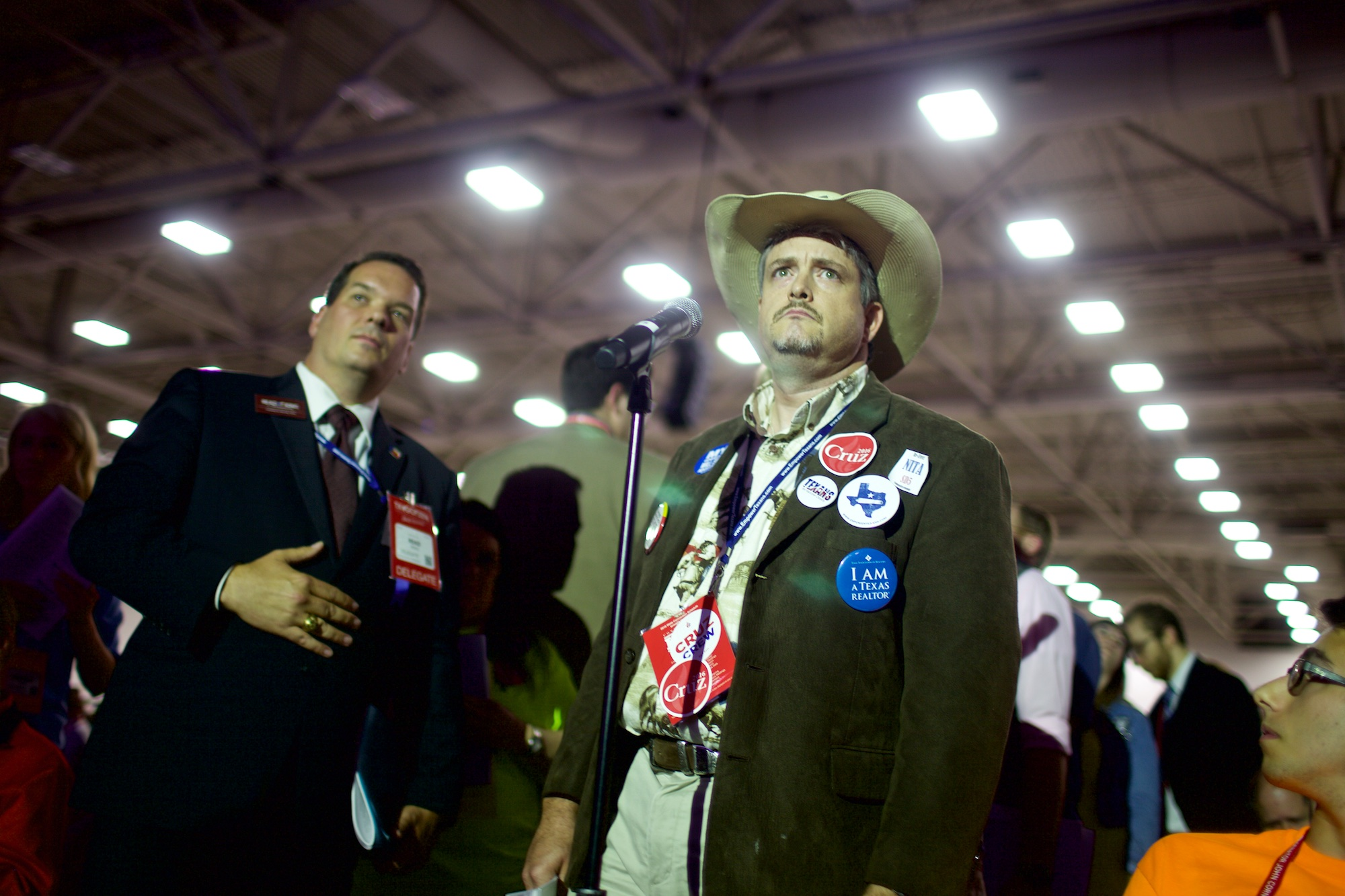 Camera Exterieur Home By Sfr Texas Gop Flirts With Secession In Tense Floor Debate