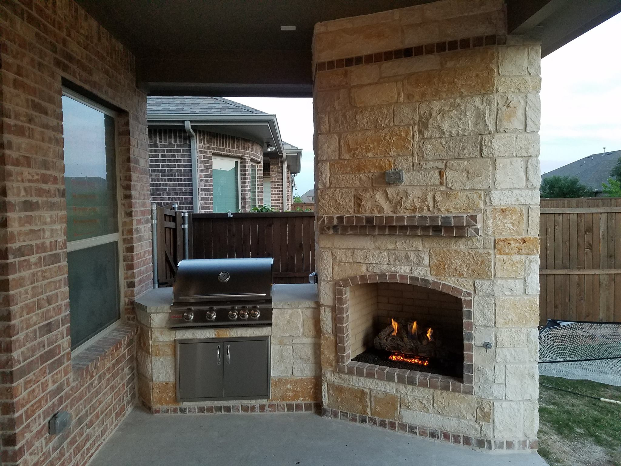 Outdoor Fireplace Contractors Fire Features Texas Outdoor Oasis Outdoor Fireplaces