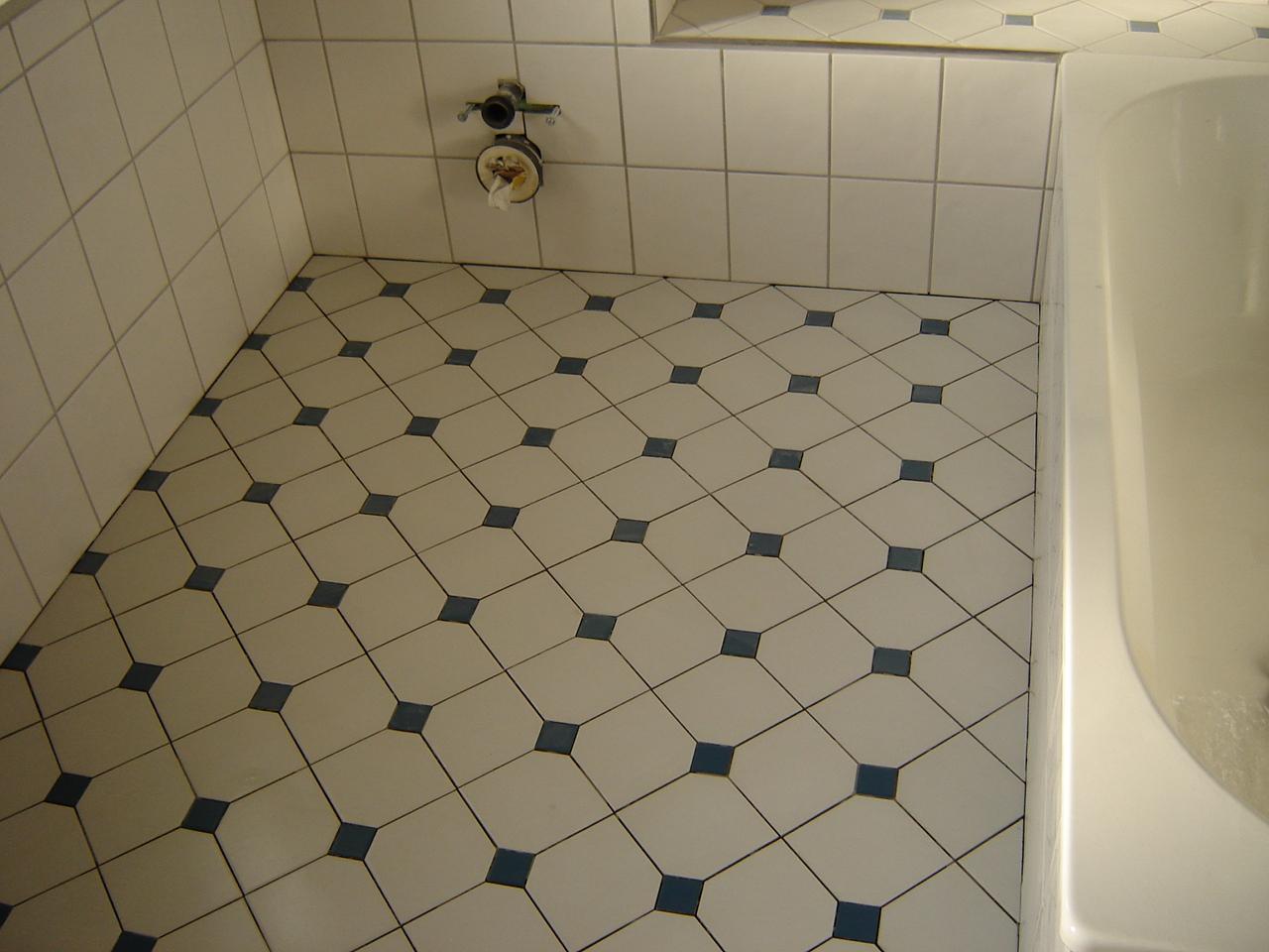 Badezimmer Fliesen Blau Badezimmer Blau Weiß Das Beste Von Diese