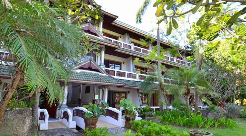 First Bungalow Beach Resort 3