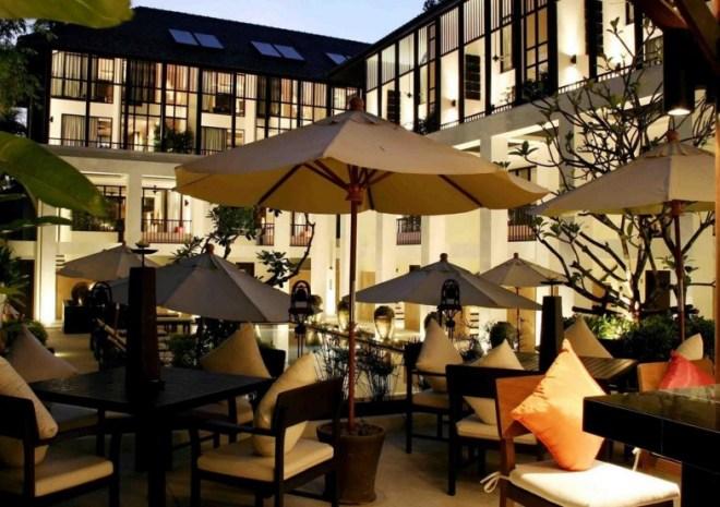 Отель Manathai Surin Phuket