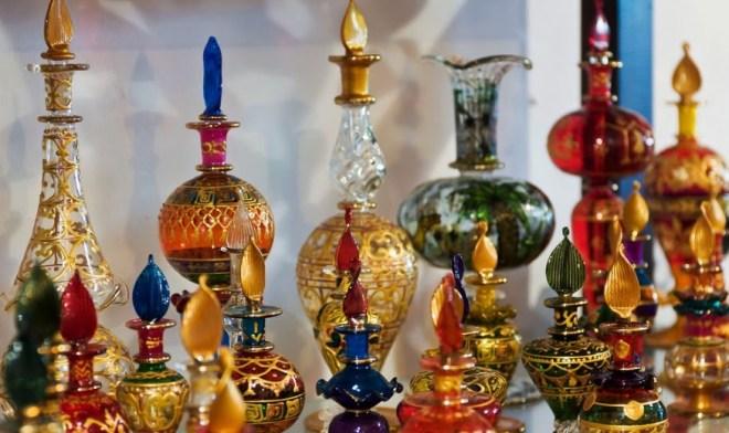 теклянные изделия ручного производства из Туниса