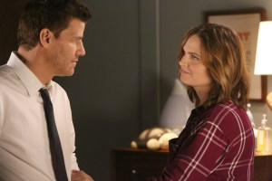 "BONES:  David Boreanaz and Emily Deschanel in the ""The Donor in the Drink"" episode of BONES airing Thursday, Oct. 15 (8:00-9:00 PM ET/PT) on FOX.  ©2015 Fox Broadcasting Co.  Cr:  Patrick McElhenneyFOX"
