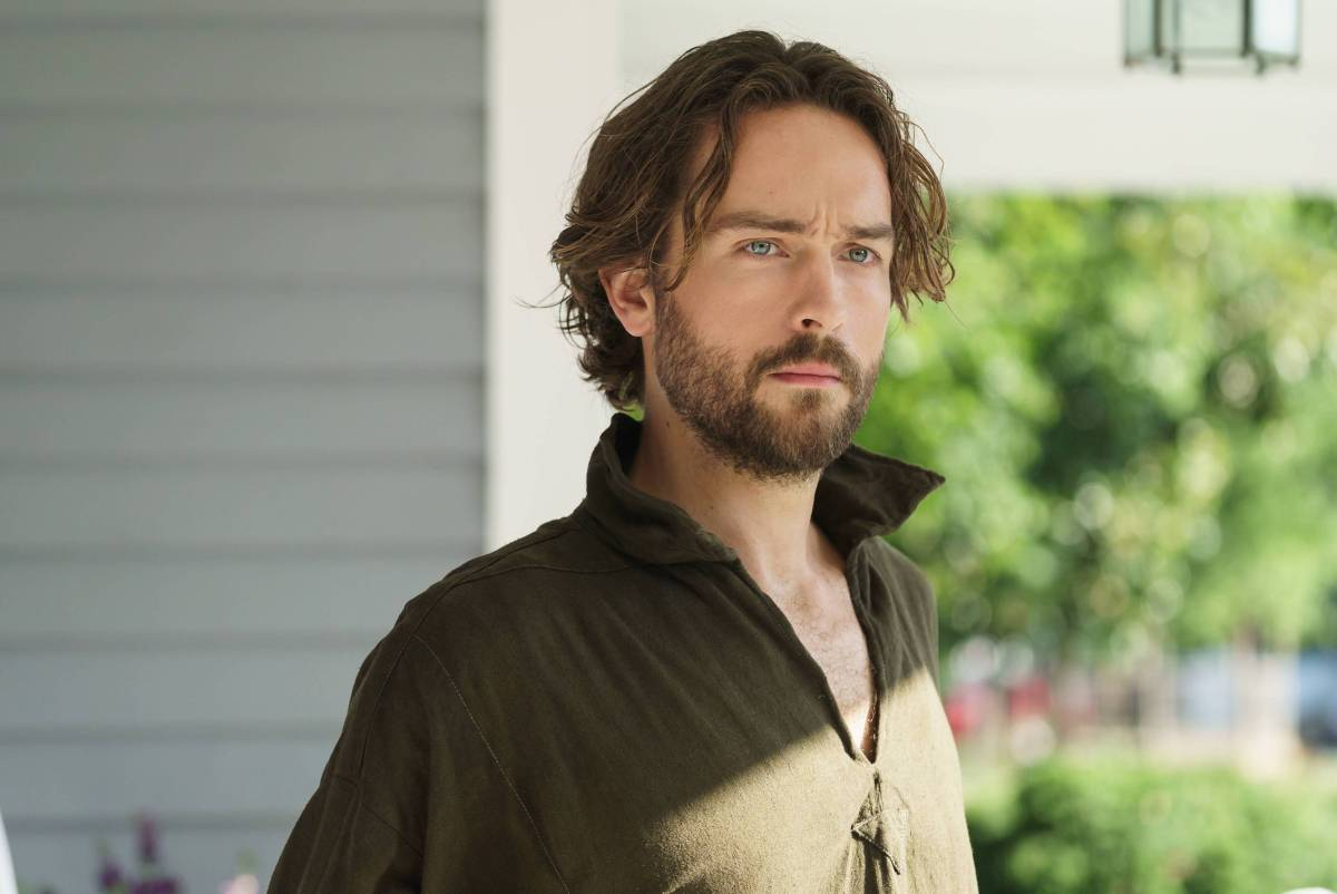 SLEEPY HOLLOW 3x02: Ichabod Crane vs. the 21st Century