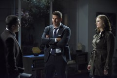 """BONES: L-R: Guest star Timothy Sanders Guinee, David Boreanaz and Emily Deschanel in the """"The Final Chapter: The Hope in the Horror"""" season premiere episode of BONES airing Tuesday, Jan. 3 (9:01-10:00 PM ET/PT) on FOX. ©2016 Fox Broadcasting Co. Cr: Ray Mickshaw/FOX"""