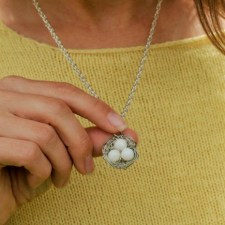 nest necklace 700w