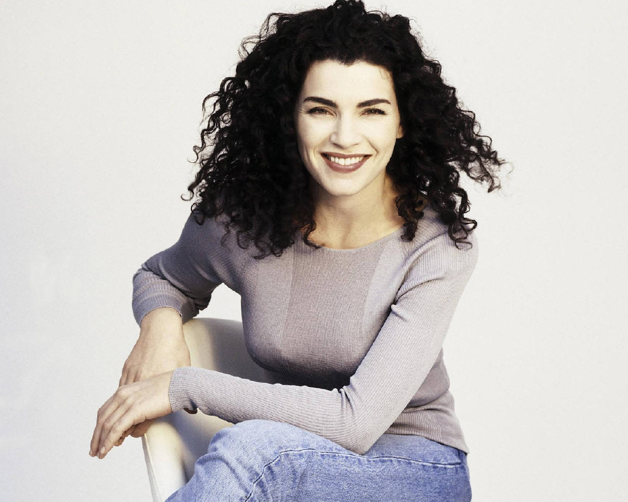 Julianna Margulies real hair