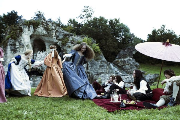 Versailles on Ovation – A show about Beautiful people with long hair