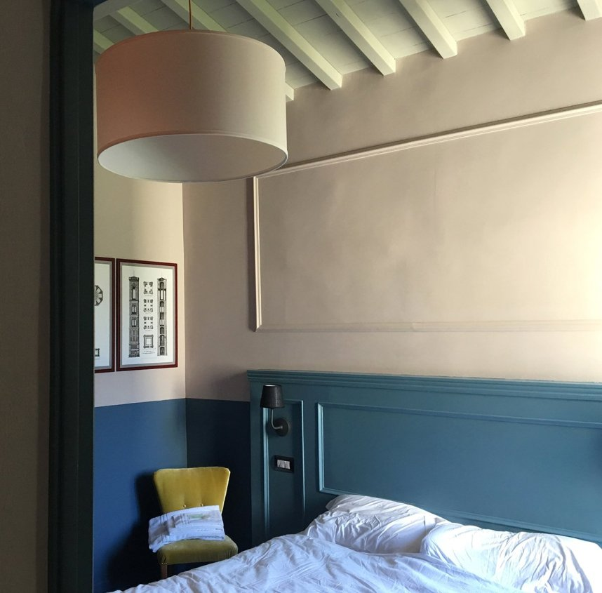 airbnb_florence_italy_interior_bedroom_yellow_chair