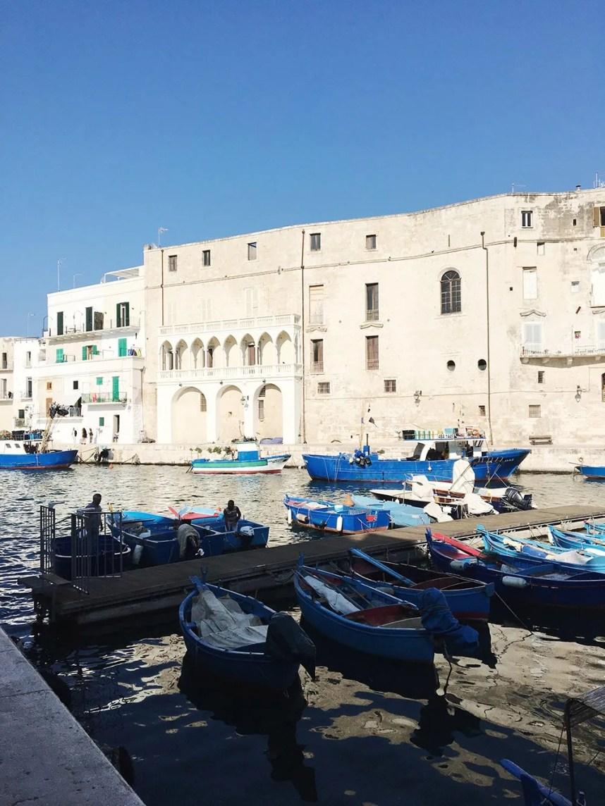 puglia_monopoli_port_fisherman