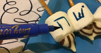 writing dreidel