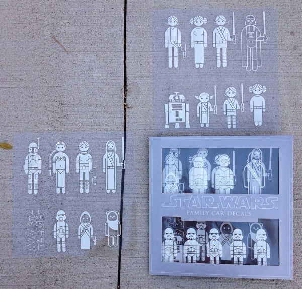 ThinkGeek-StarWarsFamilyCarDecals3.jpg
