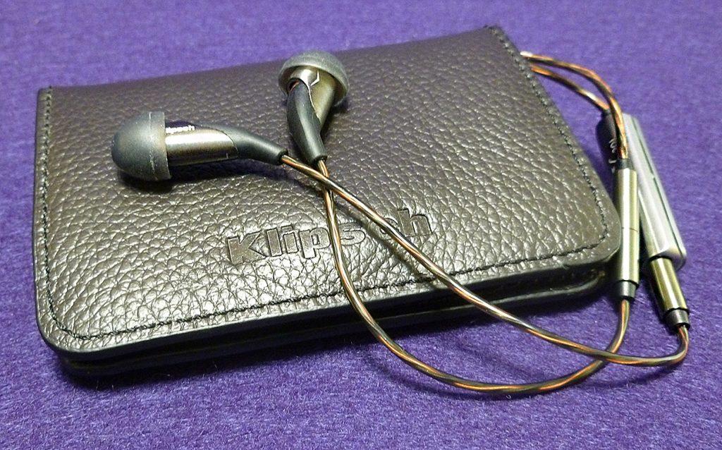 K701 Reference Class Premium Headphones Klipsch X20i In Ear Headphones Review