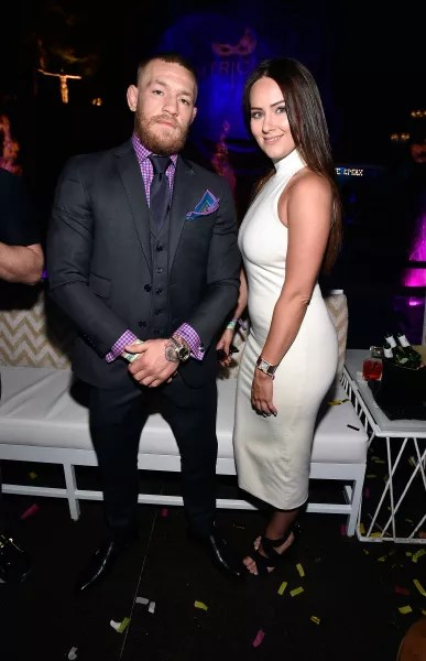 Gossip Girl Wallpaper For Mac Conor Mcgregor Busted Cheating On Pregnant Girlfriend