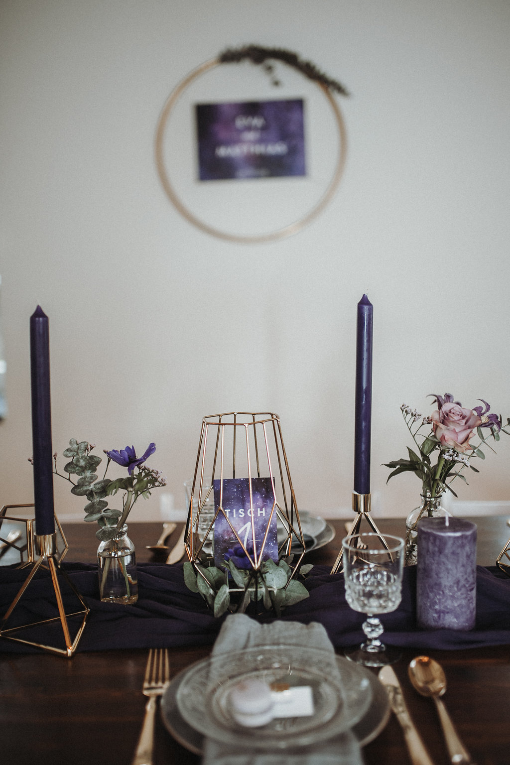 Tischdeko Violett Ultra Violet Und Galaxy Wedding Hochzeitsblog The Little Wedding