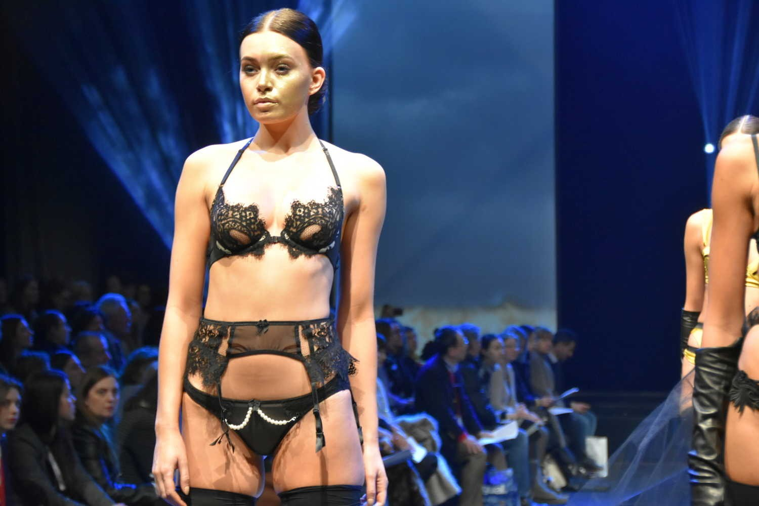 Salon De La Randonnée 2017 Paris Salon International De La Lingerie Paris 2017 Défilé