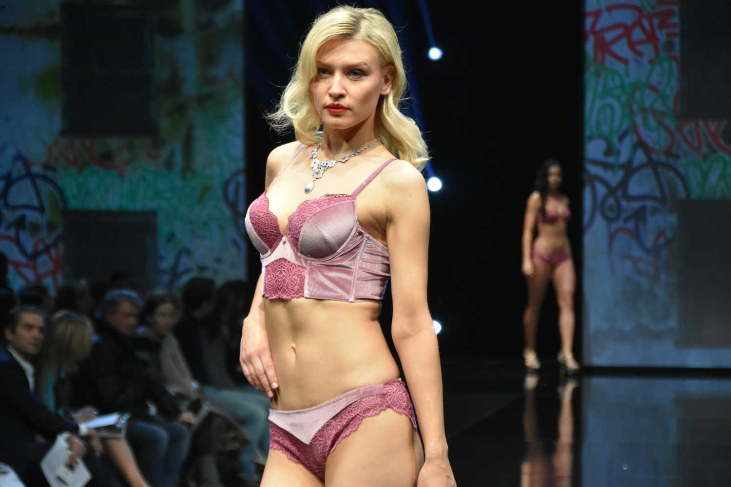 Salon De La Randonnée 2017 Paris Salon International De La Lingerie Paris 2017 Un Aperçu