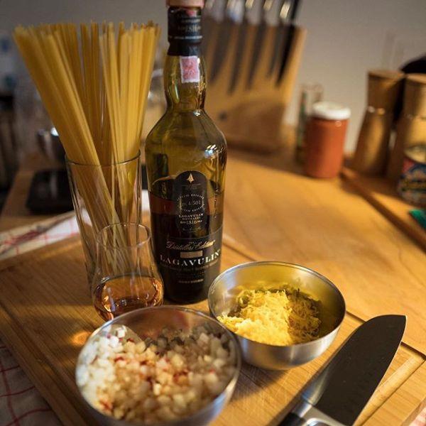 Ich hab was gekocht! Scottish Carbonara mit abgefüllt in 2013, gemacht in 1995. // I cooked something! Scottish Carbonara with bottled in 2013, distilled in 1995. Peated Spaghetti.
