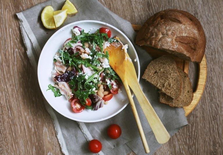 Готовим вместе: салат с рукколой и фасолью