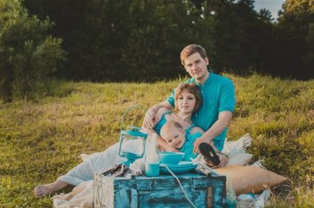 День на природе: семья Воног