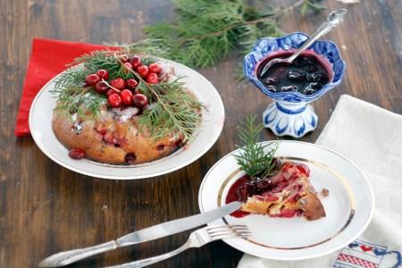 Готовим вместе: рождественский кекс с клюквой и вишней