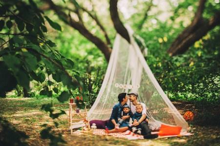 Оранжевое настроение: уютная семейная съемка