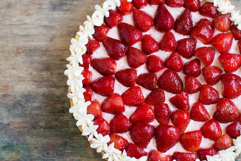 Готовим вместе: клубничный тарт