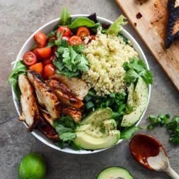 Salat s krevetkami ili kuricey (1)