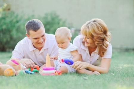 Первые шаги: семейная съемка Полины и ее родителей