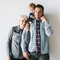 Каникулы одной большой дружной компании: семейная фотосессия