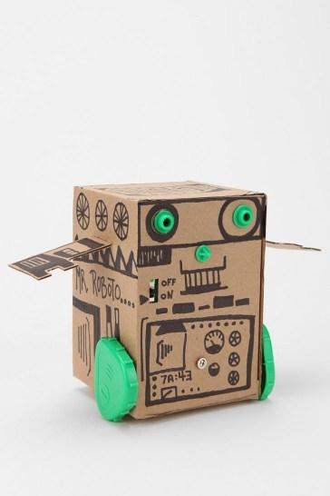Мастерим вместе: 50 идей для картонных поделок