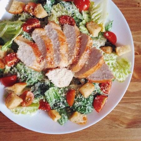 Быстрые рецепты от Вероники: салат а-ля «Цезарь»