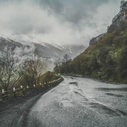Вино, горы, чурчхела: путешествие в Грузию